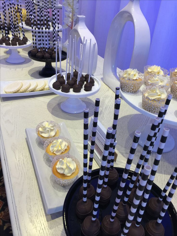 Black and white theme cupcake bar - cupcakes and cake pops