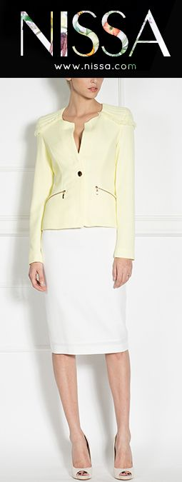www.nissa.com  #nissa #fashion #blazer #fashionista #look #style #yellow