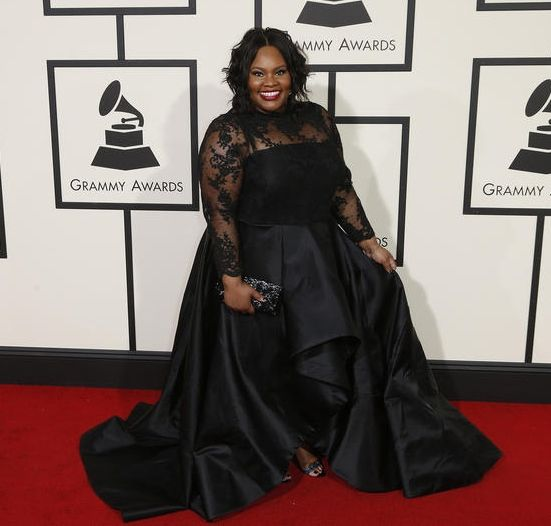 58th Annual 2016 Grammy Red Carpet Looks Featuring Adele, Elle King, Jazmin Sullivan, And More