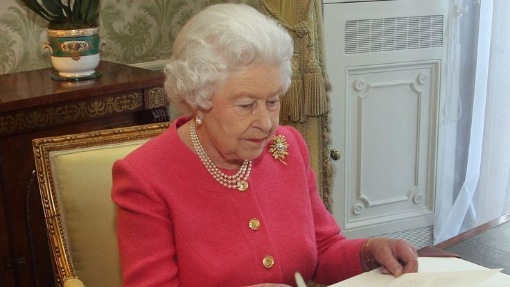 Queen Elizabeth Frantically Trying To Preserve European Alliances By Arranging Great-Grandchildren's Marriages
