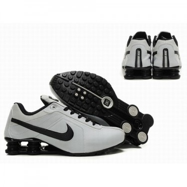 Nike Shoes R4 Women White/Black Shoes 1027 Regular Price: $145.00 Special  Price:
