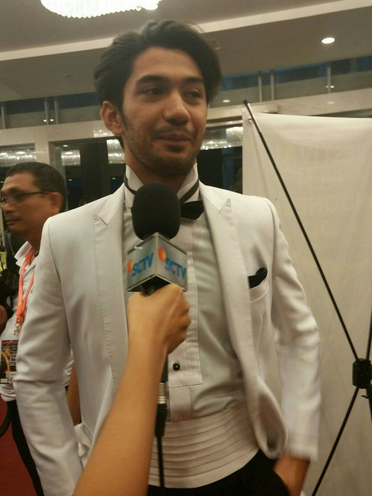 Congratulation to our idol Reza Rahadian as The Best Actor in Anugrah Piala Citra Festival Film Indonesia #FFI2013. You deserve it!