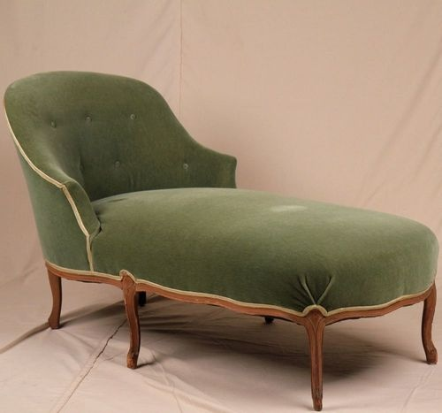 If It Was Reuphulstered And A Better Tufting Job Green Velvet French Louis Xv Antique Style Chaise Lounge Settee Loveseat Sofa