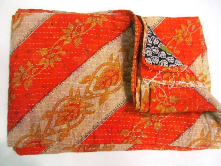 Vintage Kantha Quilt Old Sari Patchwork Bedspread Throw Reversible Quilted Throw #Handmade #AntiqueStyle
