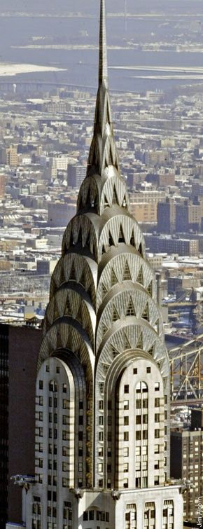 The Chrysler Building is an Art Deco style skyscraper in New York City, located on the east side of Manhattan in the Turtle Bay area at the intersection of 42nd Street and Lexington Avenue.