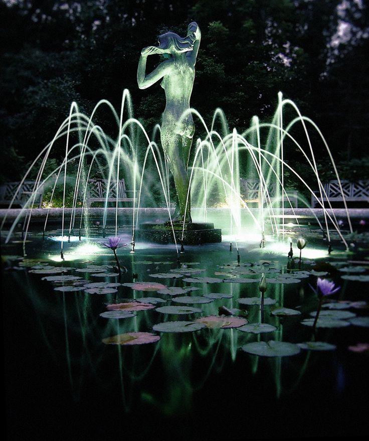 """Leo Mol"" by Terry Barker. Leo Mol garden, Assiniboine Park, Winnipeg, Manitoba."