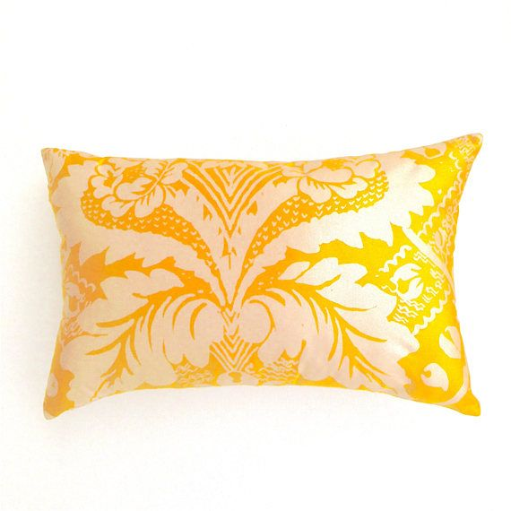 Vintage 60's Scandinavian Cushion. Yellow Gold and Silver