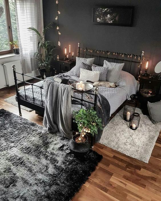 35 Amazing And Beautiful Winter Ornament You Can Choose For Your Room #bedroomideas