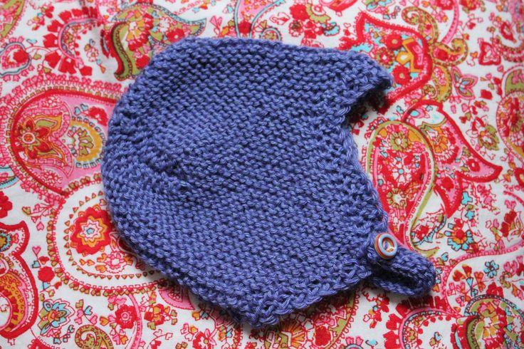 Den klassiske djævlehue har eksisteret så længe, jeg kan huske, og den er da også noget af det absolut bedste til de allermindste. Og en rigtig god gaveidé! Djævlehue classic STR. 0-3-6 mdr. DET SKAL DU BRUGE: 50 g Drops Baby Merino, Du Store Alpakka Baby Silk eller Hjerte Blend, pinde nr. 3½ og 1 lille knap. HOVEDMÅL: ca. 29-31-33…