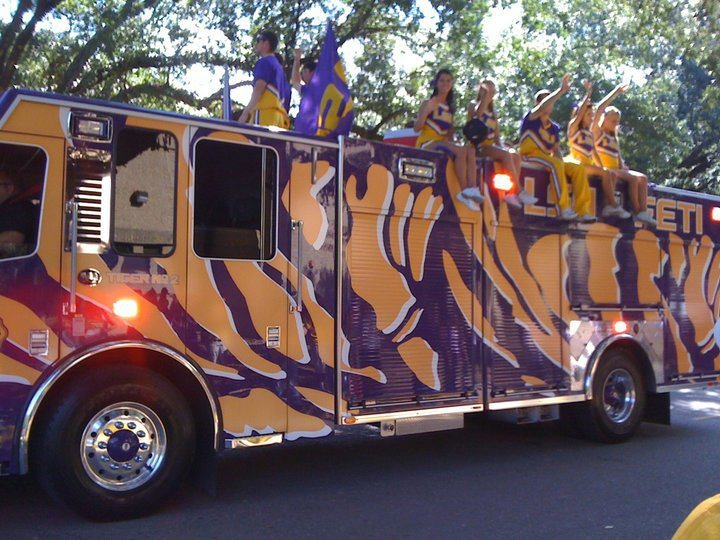 Firetruck LSU TIGERS - LSU TIGERS colors purple & gold - Louisiana State University