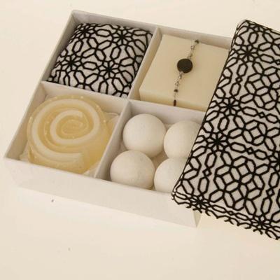 Division Gift Box   RAIN Africa  Rockefeller Center  New York, NY #ivankatrumpshop