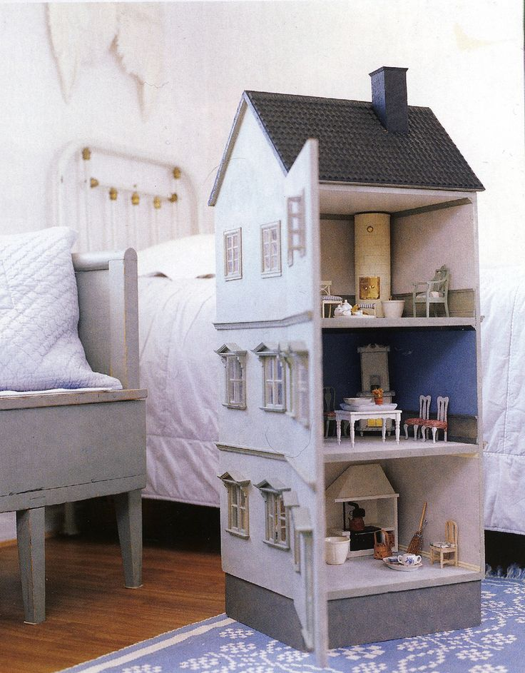 """Wonderful handmade doll's house. This is on my Projects-To-Do-list. I need to become at least 200years old to have time to do all projects on my list. But planning is half the fun, right?! :)  Photo from the Finnish magazine """"Talo & Koti"""" August 2006."""