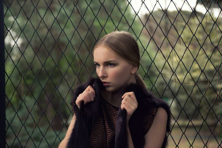 #bea #beatricesimion #model #modeling #mode #art #hautecouture #pose #posing #ph #photo #photomodel #photography #me #beautiful
