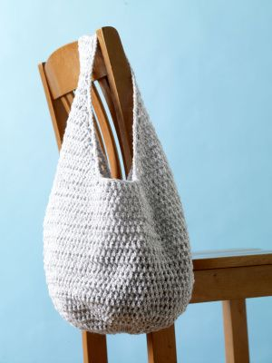 Crocheted Hobo Tote! Super easy and cute. Sized it down to make one for my daughter.