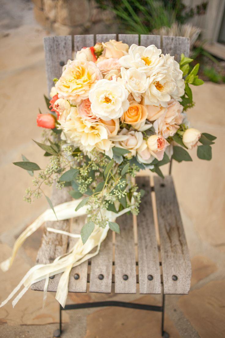 Die besten 25 Brautstrau apricot Ideen auf Pinterest  Hochzeitsblumen apricot