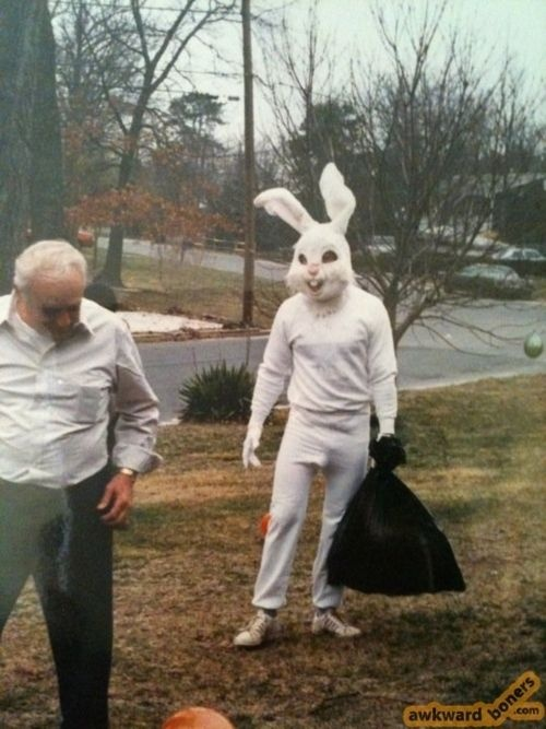 Scary....: Dogs, The Police, Easter Creepy, Easter Bunnies, Creepy Bunnies, Easter Eggs, Carrots, Creepy Easter, Kid