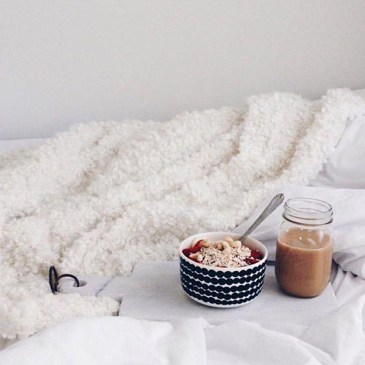 Thursday - don't we all just deserve breakfast in bed? // #marimekko #marimekkohome #regram // Siirtolapuutarha bowl by @dejiss by marimekkodesignhouse