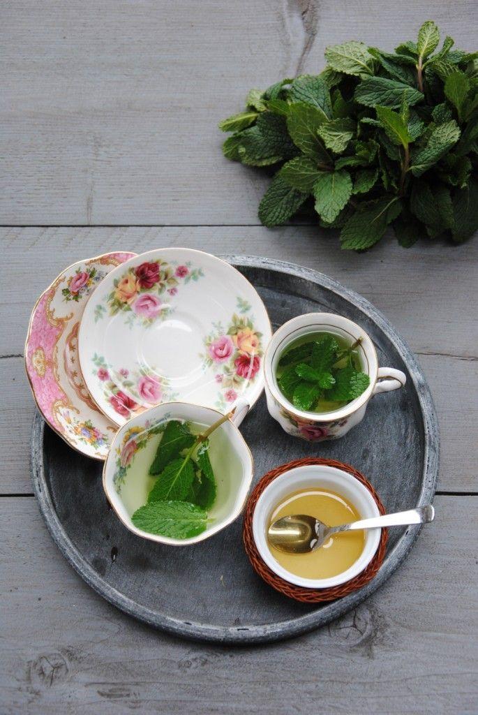 Thee met munt en honing maak je lekker zelf! www.gezinleven.com