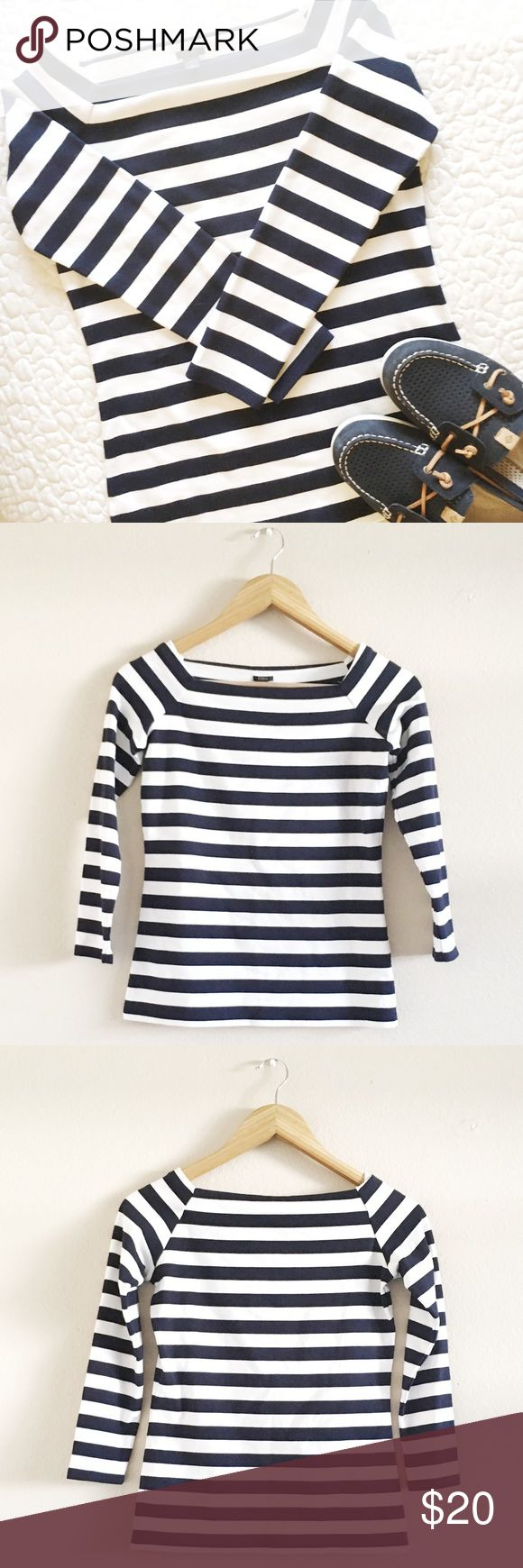 NWT J. Crew Bardot Boatneck Top - Retail $33 This clean cut J Crew top has a nautical, sophisticated look. Extremely versatile, wear with a pair of jeans and boat shoes or dress it up with a pleated skirt and red flats.   •New with tags •Retails for $33 •3/4 length sleeves   💜 J. Crew Tops Tees - Long Sleeve
