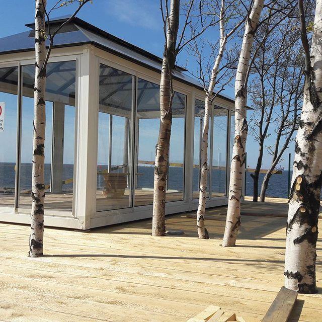 #mostbeautiful #terrace #seawiev #visitfinland #visitpori #kallonloisto #luciaglassgazebo #lucialasipaviljonki