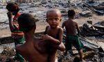 Dengarlah para dokter berteriak meminta dukungan dunia untuk Muslim Rohingya  SWISS (Arrahmah.com)  Dokter-dokter Muslim Rohingya di Eropa telah menggambarkan situasi yang tengah terjadi di negara bagian Rakhine Myanmar sebagai genosida dan menyerukan masyarakat internasional untuk mengangkat suara melawan pelanggaran hak asasi manusia yang sedang berlangsung di sana.  Sangat penting supaya sebuah komisi penyelidikan internasional dibentuk ungkap seorang juru bicara untuk Dewan Rohingya…