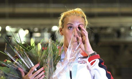 Lynsey Sharp, her father and a gold medal start tears at Glasgow arena