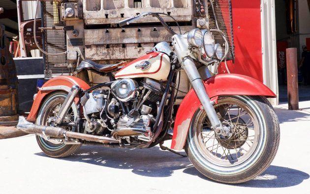 Running Panhead: 1960 Harley Davidson FLH #Motorcycles #HarleyDavidson - http://barnfinds.com/running-panhead-1960-harley-davidson-flh/