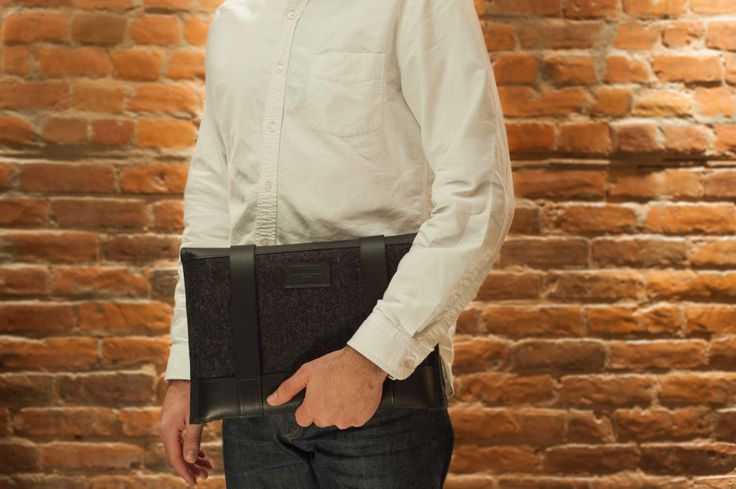 Wear your Authentique folio