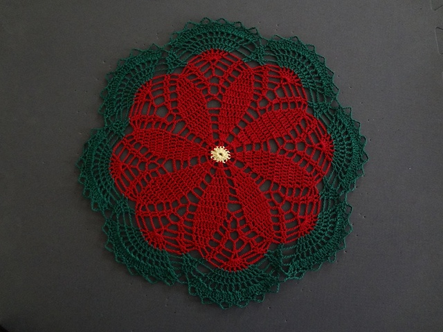 Poinsettia Doily: Christmas Crochet, Beauty Tips, Buffalove S Poinsettia, 6To Sell, Crochet Doilys Tatting Lace, Christmas Joy, Christmas Projects, Crocheting Inspiration