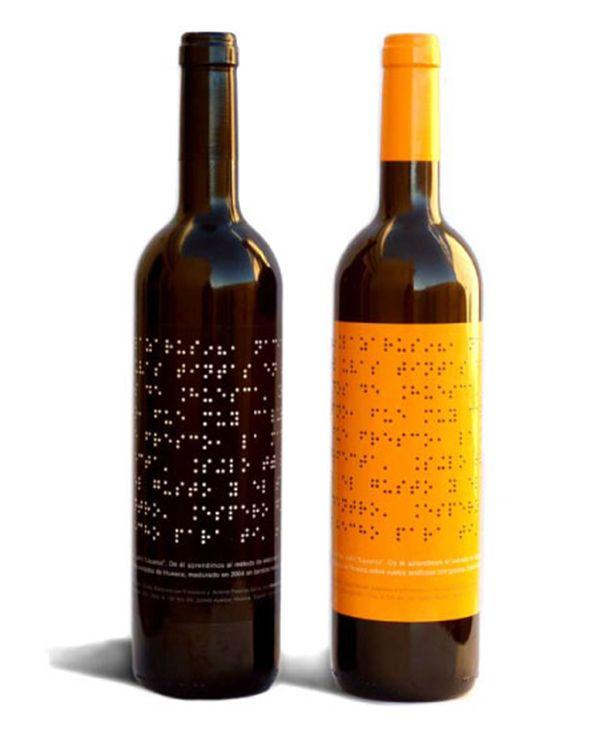 bouteille de vin avec tiquette en braille objets. Black Bedroom Furniture Sets. Home Design Ideas