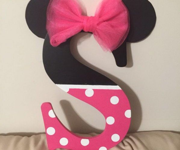 25 best ideas about decorating letters on pinterest for Letter t decoration
