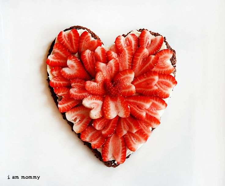 Strawberry Brownie Pizza Dessert | Art *Foods Not To Play With!* | Pi ...