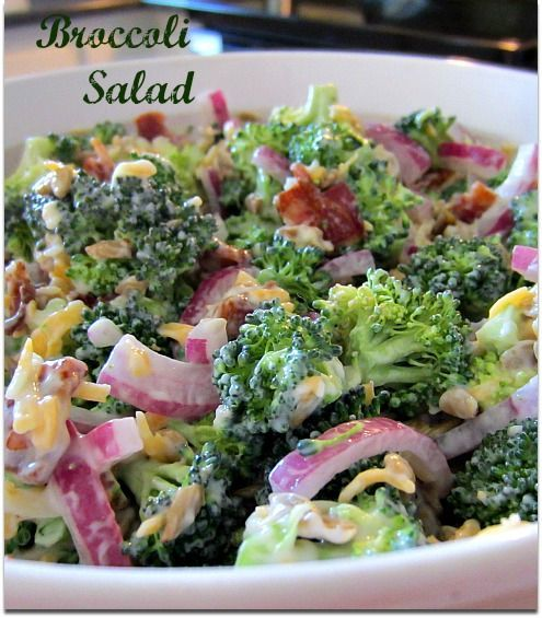 Broccoli Salad Recipe, delicious and simple to make. Perfect for all your summer entertaining!