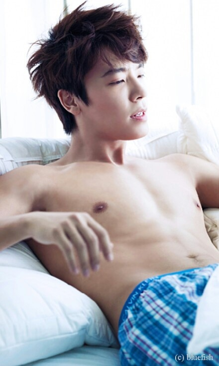 Donghae for Ceci Magazine -- Imagine waking up to this every morning ....