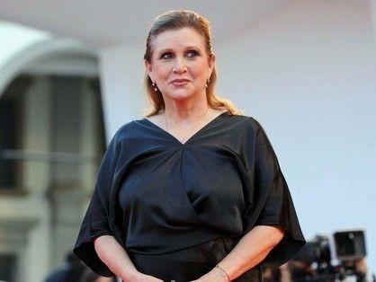 """Murió Carrie Fisher, la Princesa Leia de """"Star Wars"""" La actriz había sufrido un infarto hacía pocos días, y estaba internada en Los Angeles. Fuente ... http://sientemendoza.com/2016/12/28/murio-carrie-fisher-la-princesa-leia-de-star-wars/"""