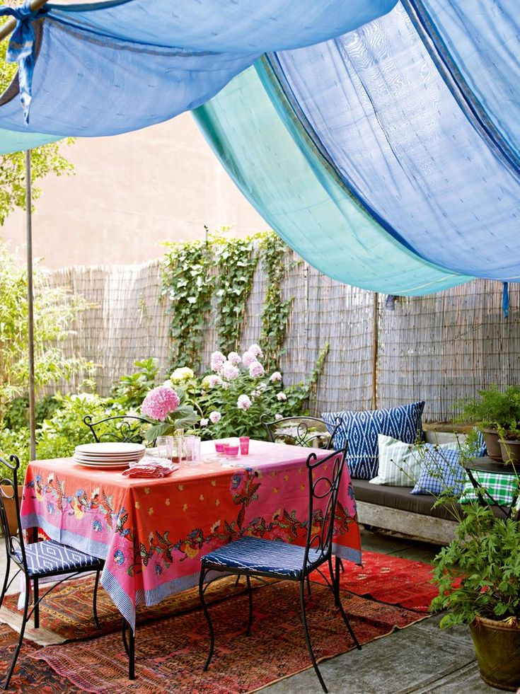 moroccan print outdoor patio shabby-chic style with  transitional dinner plate sets