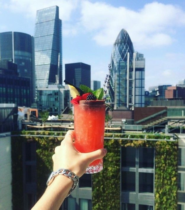 Sky Lounge | 21 Rooftop Bars In London You Need To Drink At Before You Die