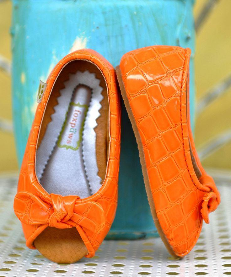Peep toe flats! So cute :)