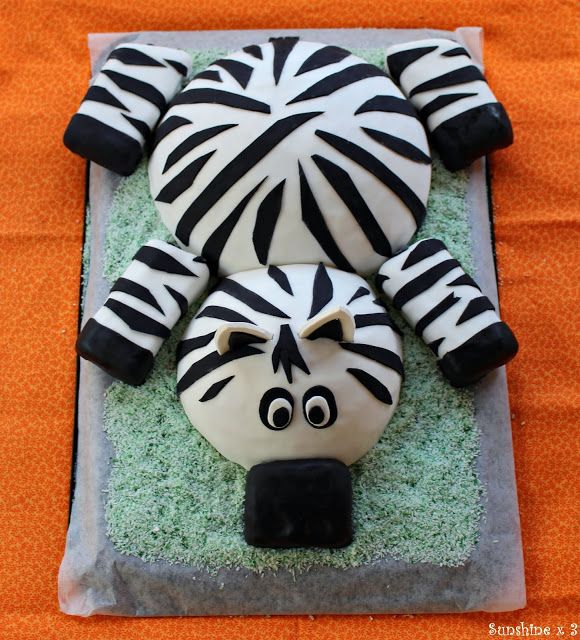 Zebra Party - zebra cake