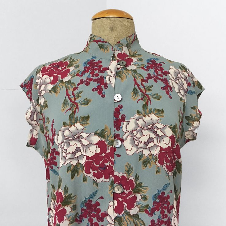 Celadon Floral Berry Tea Timer Top - French Rayon Crepe
