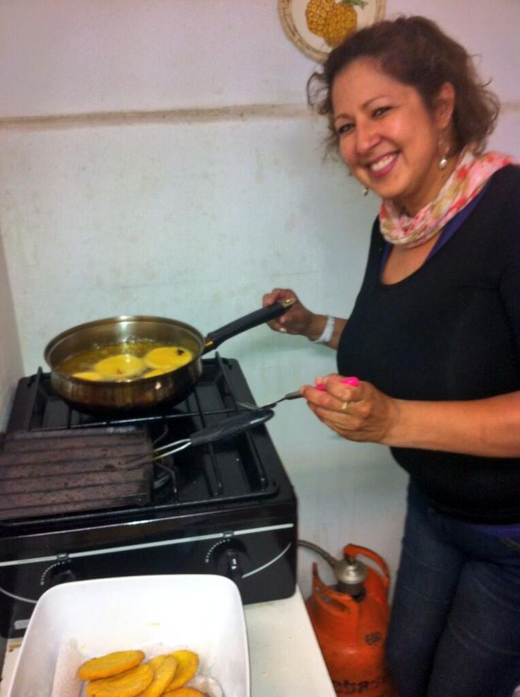 YUM! One of our teachers after class teaching how to make sopapillas after class in Viña del Mar Chile.  One of the many activities available to our students :) #sopapillas #ecela #chile