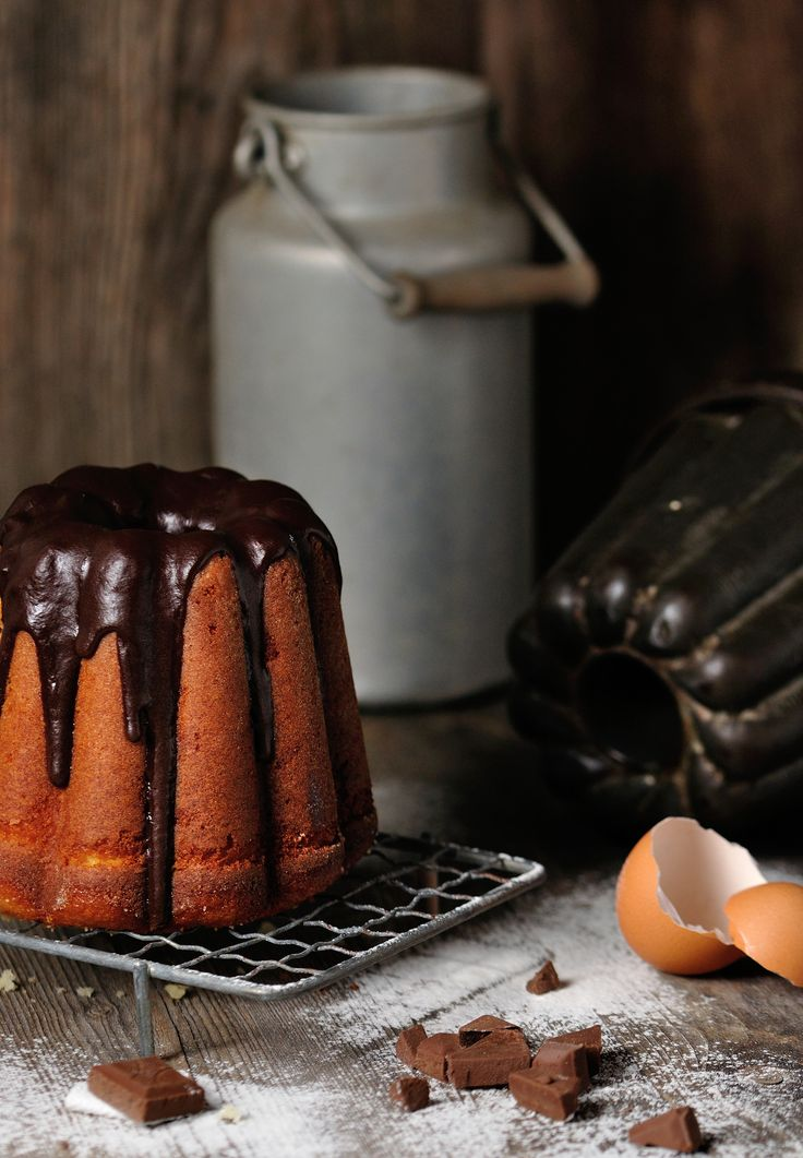 Bundt cake with Chocolate