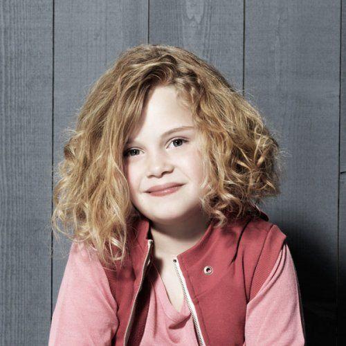 Idée coupe cheveux bouclés petite fille