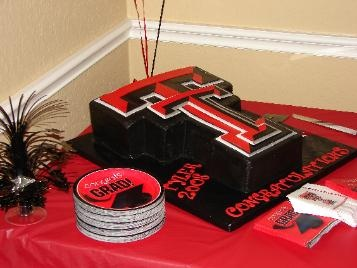 So ready for Justin to graduate from Texas Tech....this is the cake I'd like to have made for him. ;)