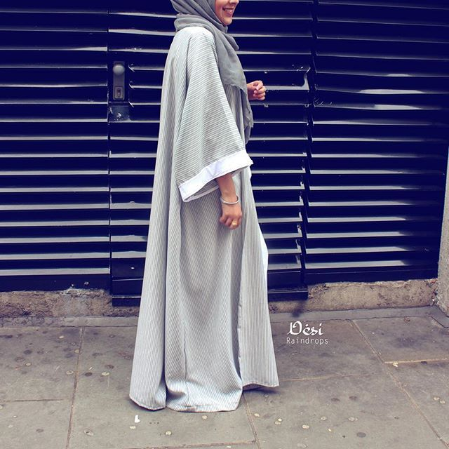 Morning made this abaya using @dinatokio 's very handy tutorial on YouTube. So for all those who are asking me for a blog post on it trust me dina is mega talented and explains it way more better than I would so check her video out
