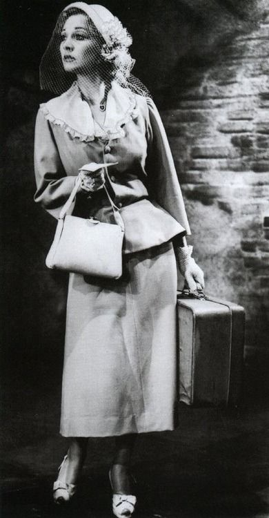 "1949 - Vivien Leigh as 'Blanche Dubois' in the theater-version of ""A Streetcar Named Desire"""