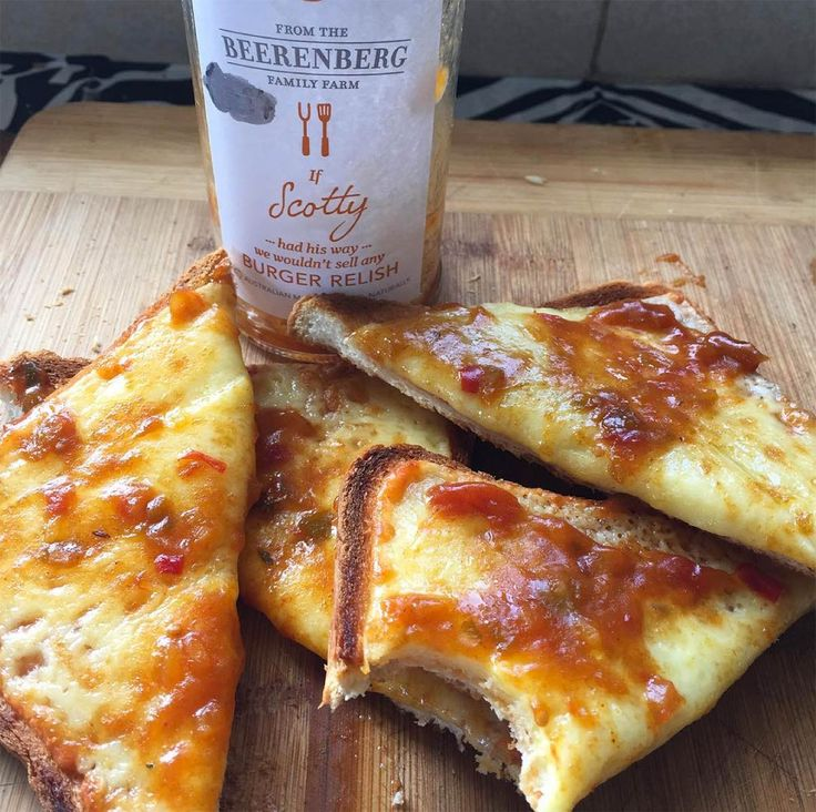 Yes! Breakfast tasty grilled cheese with Beerenberg Burger Relish from @canefields. Available from the farm shop, our online store (click on photo) or selected stores.