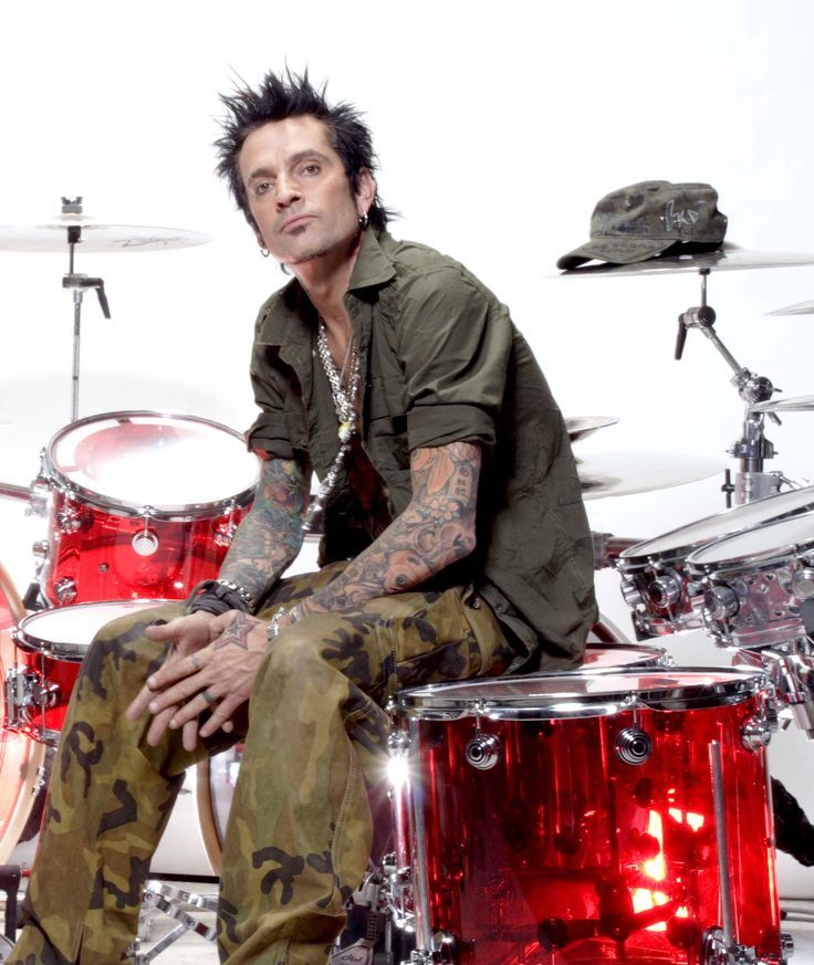 25 Best Memes About Tommy Lee: Best 25+ Tommy Lee Ideas On Pinterest