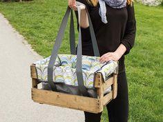 Du hast Lust auf ein schönes Picknick um Park? Dann schnapp Dir die Anleitung von Svenja von by Frlein Pusteblume und nähe Dir Deinen Picknickkorb selbst.