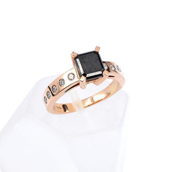 Μονόπετρο δαχτυλίδι ροζ χρυσό Κ18  μαύρο διαμάντι